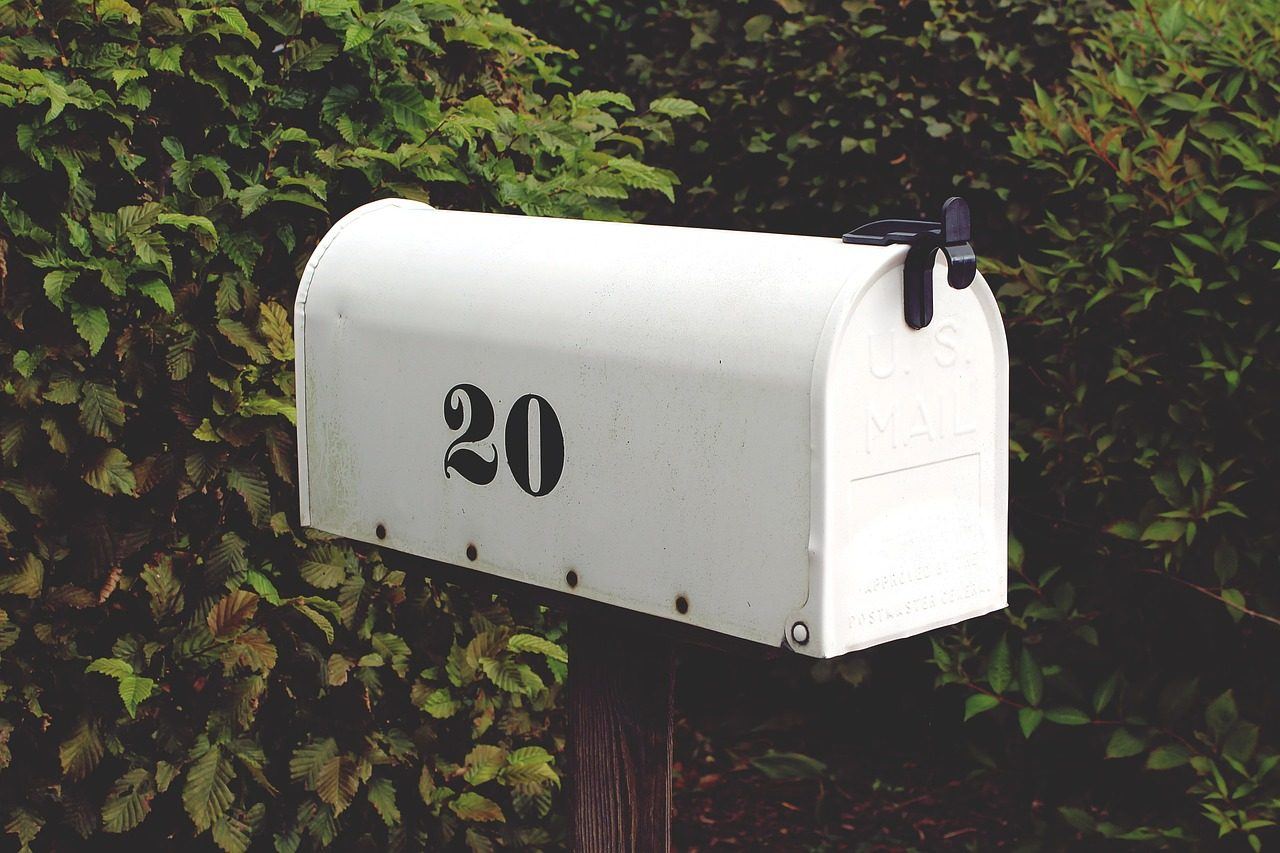 The Complete Guide to Mail For RVers